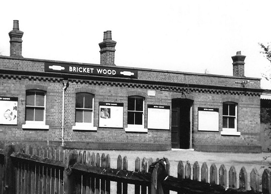 Bricket Wood station